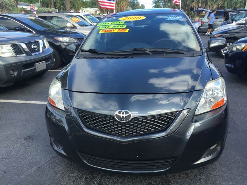 2010 TOYOTA YARIS BASE 4DR SEDAN 4A gray we offer guaranteed credit approval good credit bad cr