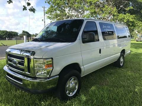 2012 Ford E-Series Wagon for sale in Plantation, FL