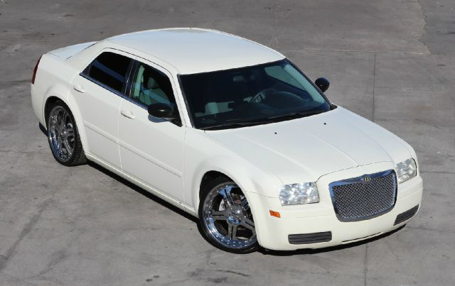 2005 Chrysler 300 for sale in La Puente CA