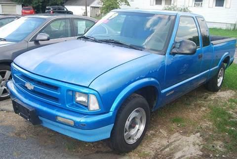 1995 Chevrolet S-10 for sale in Laurel, DE