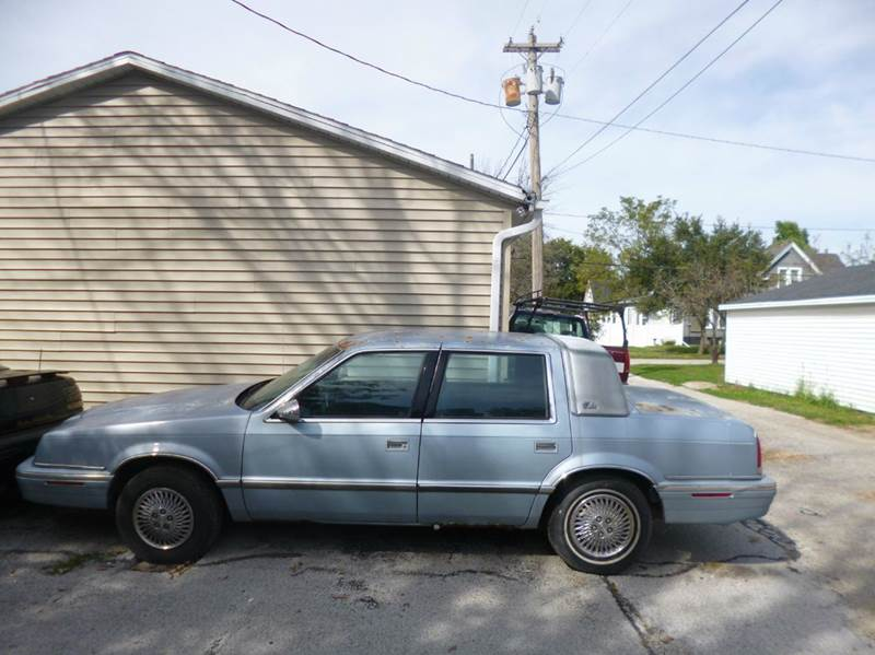 1993 chrysler new yorker salon 4dr sedan in bloomington il