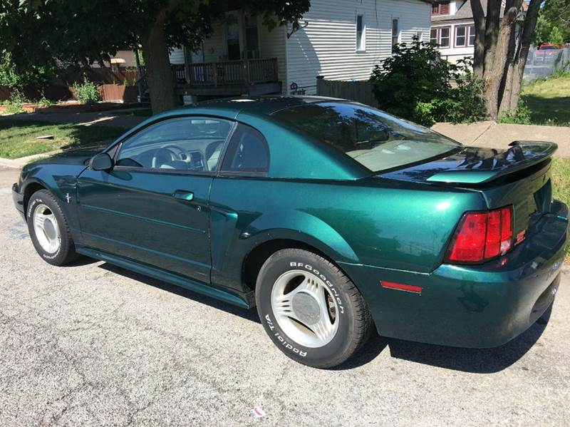2001 Ford Mustang Base 2dr Coupe - Chicago IL