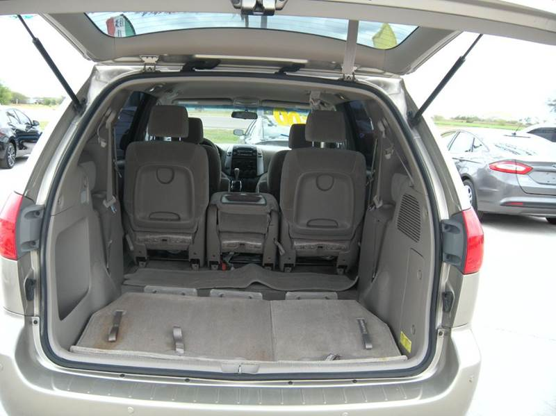 2008 toyota sienna ce 8 passenger 4dr mini van in hidalgo. Black Bedroom Furniture Sets. Home Design Ideas
