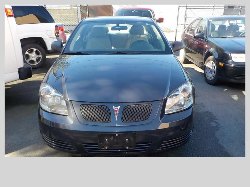 2009 Pontiac G5 for sale in Vancouver, BC