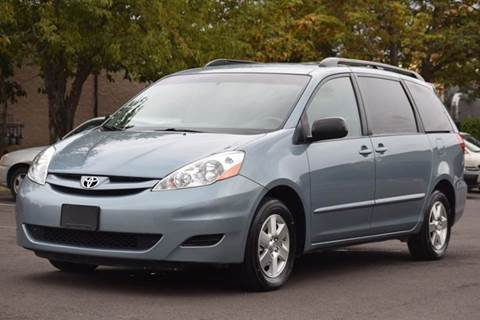 2009 Toyota Sienna for sale in Aloha, OR