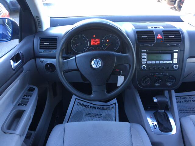 2007 Volkswagen Rabbit Base 4dr Hatchback (2.5L I5 6A) - Davis CA