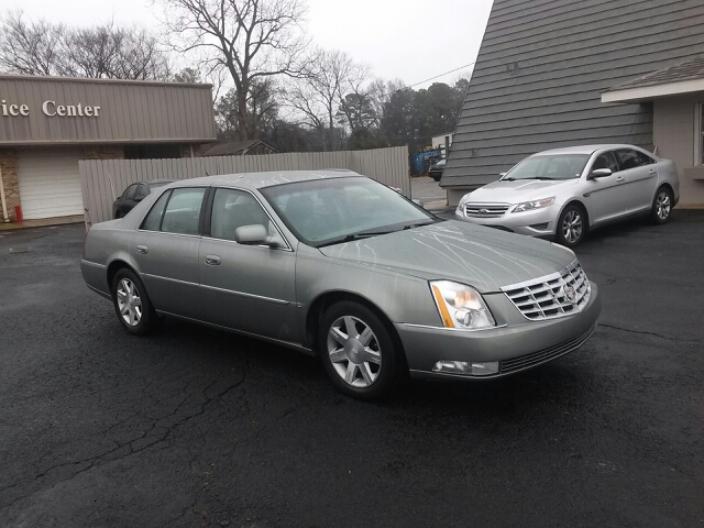 used 2006 cadillac dts luxury i in southaven ms at clark auto group. Black Bedroom Furniture Sets. Home Design Ideas