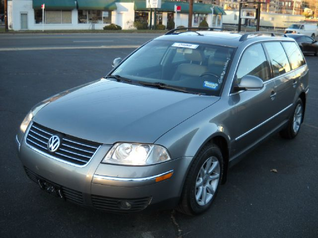 2004 Volkswagen Passat for sale in Falls Church VA