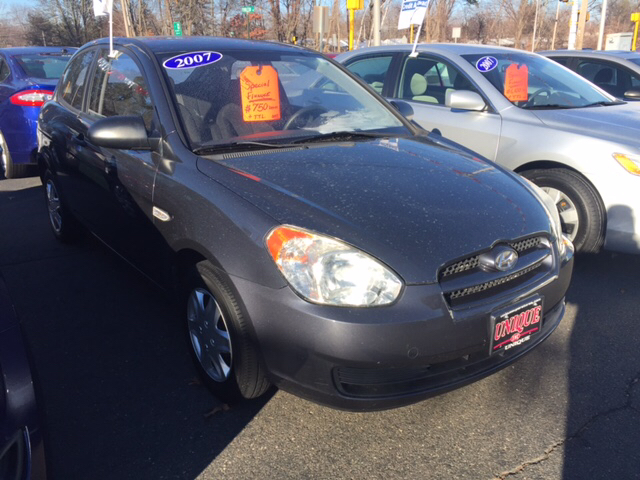2007 Hyundai Accent GS 2dr Hatchback - Chicopee MA