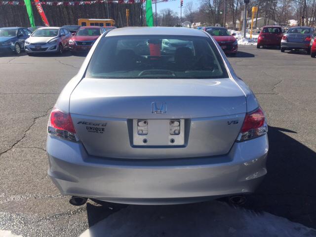 2010 Honda Accord EX V6 4dr Sedan - Chicopee MA