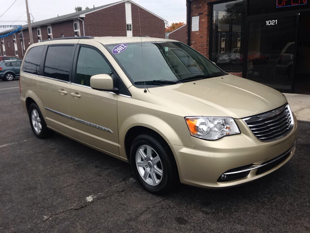 Chrysler For Sale In Chicopee Ma Carsforsale Com