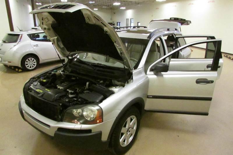 2004 Volvo XC90 4dr 2.5T Turbo SUV - Union GA