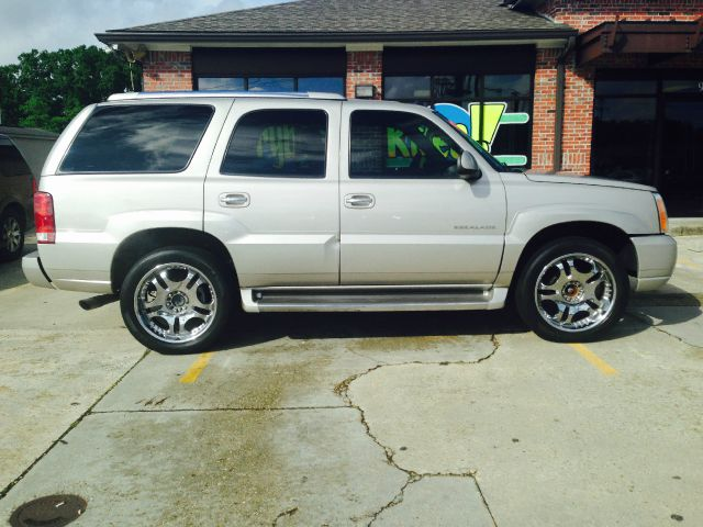 2005 CADILLAC ESCALADE BASE AWD 4DR SUV there are no electrical concerns associated with this vehi