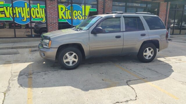 2008 CHEVROLET TRAILBLAZER LT1 4X2 SUV graphite there are no electrical problems with this vehicl