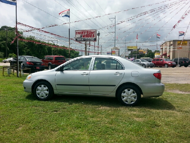 2005 TOYOTA COROLLA CE 4DR SEDAN silver center console - front console with storage clock dayti