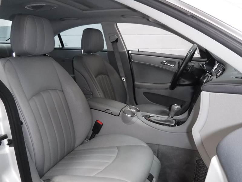 2007 Mercedes-Benz CLS CLS 550 4dr Sedan - Chicago IL