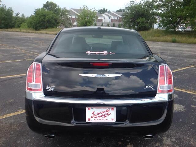 للبيع سيارات امريكية مستعملة