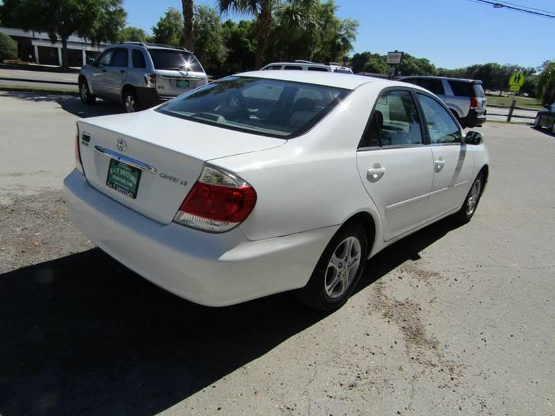 2005 Toyota Camry LE 4dr Sedan - Hernando FL