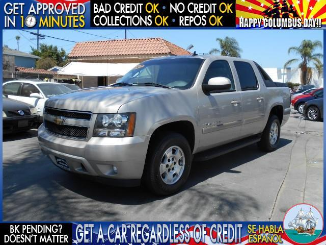 2007 CHEVROLET AVALANCHE C1500 silver  welcome take a test drive or call us if you have any qu