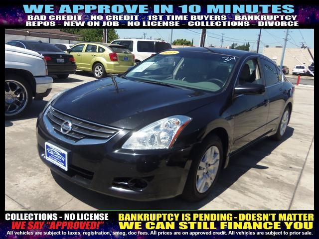2011 NISSAN ALTIMA black welcome take a test drive or call us if you have any questions you w