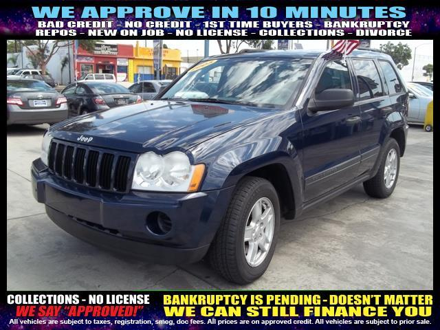 2005 JEEP GRAND CHEROKEE LAREDO 4DR SUV black  welcome take a test drive or call us if you hav