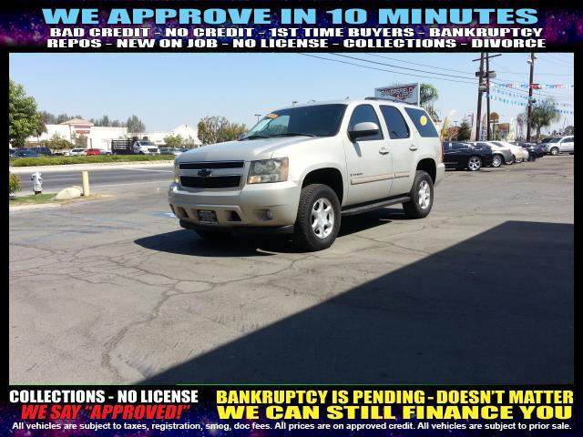 2007 CHEVROLET TAHOE white welcome take a test drive or call us if you have any questions you