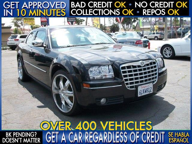 2010 CHRYSLER 300 TOURING 4DR SEDAN black  welcome take a test drive or call us if you have an