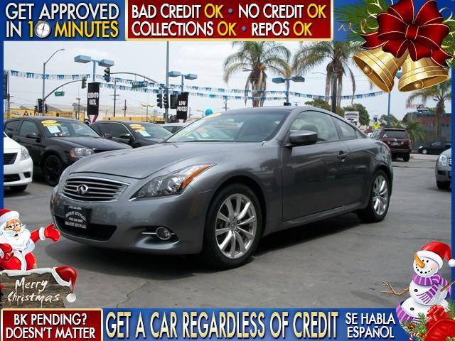 2011 INFINITI G37 gray  welcome take a test drive or call us if you have any questions you w
