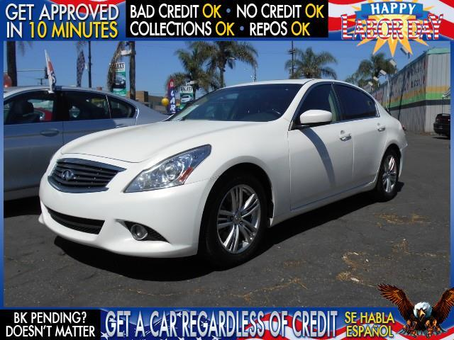 2013 INFINITI G37 SEDAN JOURNEY 4DR SEDAN white  welcome take a test drive or call us if you h