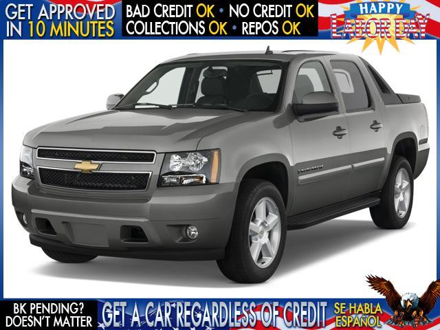 2006 CHEVROLET AVALANCHE LS 1500 4DR CREW CAB SB gray welcome take a test drive or call us if