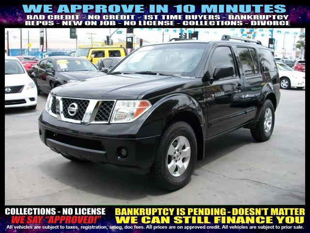 2006 NISSAN PATHFINDER gray welcome take a test drive or call us if you have any questions