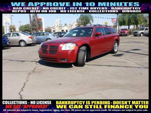 2005 DODGE MAGNUM RT 4DR WAGON red welcome take a test drive or call us if you have any questio