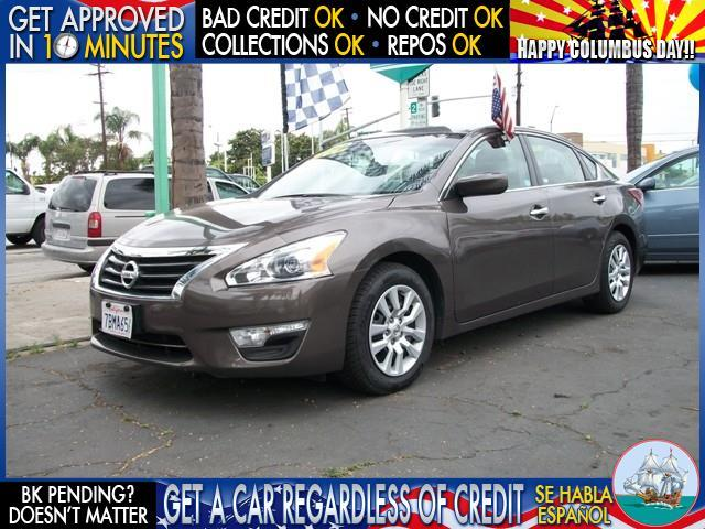 2013 NISSAN ALTIMA 25 S 4DR SEDAN charcoal welcome take a test drive or call us if you have