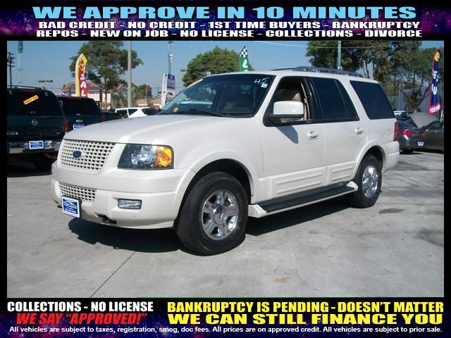 2006 FORD EXPEDITION LIMITED 4DR SUV 4WD white welcome take a test drive or call us if you have