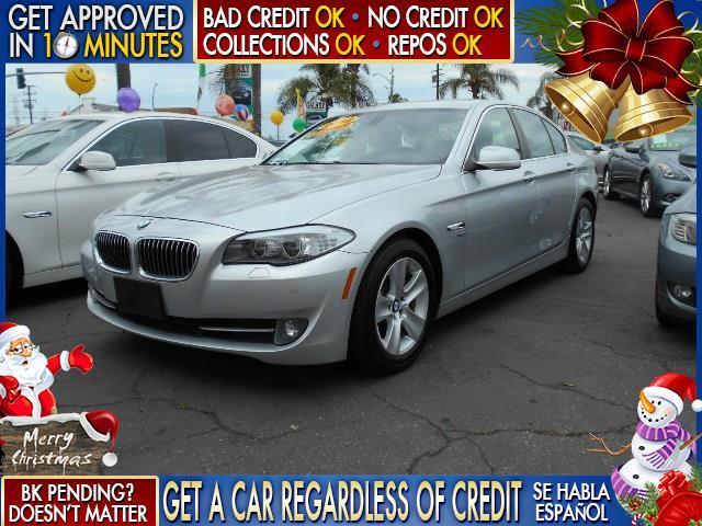 2012 BMW 5 SERIES 528I XDRIVE AWD 4DR SEDAN silver  welcome take a test drive or call us if yo