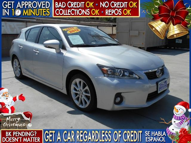 2012 LEXUS CT 200H silver  welcome take a test drive or call us if you have any questions yo