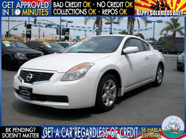 2009 NISSAN ALTIMA black  welcome take a test drive or call us if you have any questions you