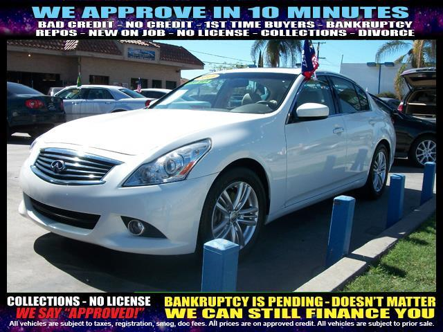 2011 INFINITI G37 SEDAN white  welcome take a test drive or call us if you have any questions