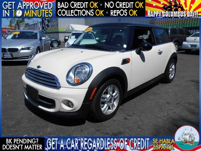 2011 MINI COOPER BASE 2DR HATCHBACK white  welcome take a test drive or call us if you have an