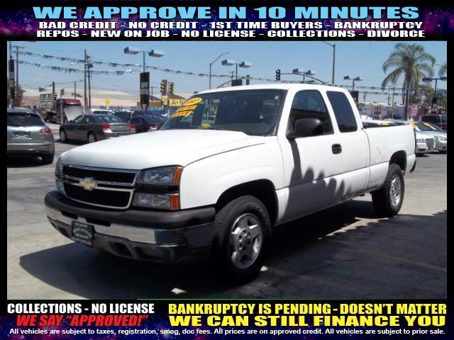 2007 CHEVROLET SILVERADO 1500 CLASSIC LS 4DR EXTENDED CAB 65 FT SB white welcome take a tes