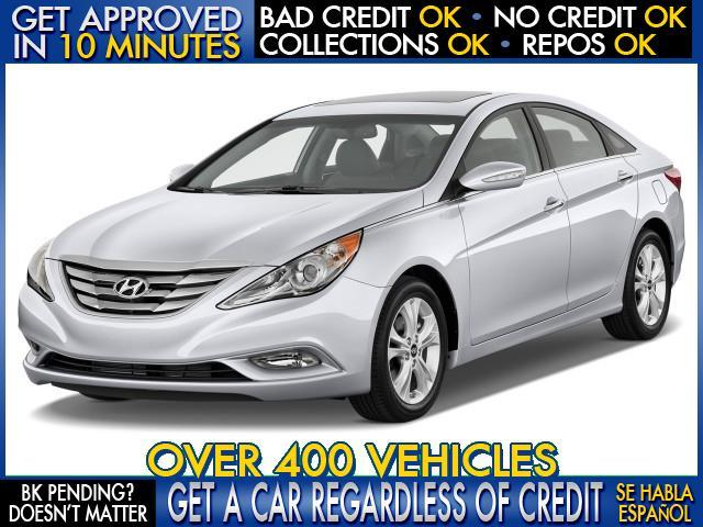 2013 HYUNDAI SONATA GLS silver  welcome take a test drive or call us if you have any questions