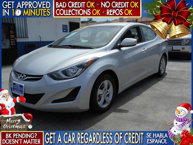 2014 HYUNDAI ELANTRA white  welcome take a test drive or call us if you have any questions y
