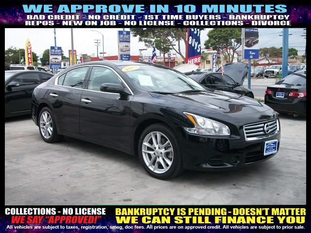 2013 NISSAN MAXIMA black welcome take a test drive or call us if you have any questions you w
