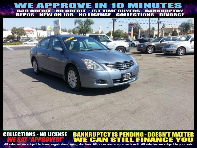 2012 NISSAN ALTIMA charcoal  welcome take a test drive or call us if you have any questions