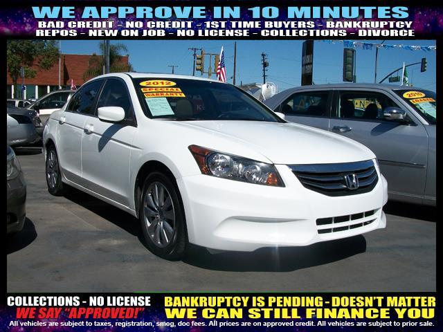 2012 HONDA ACCORD EX 4DR SEDAN 5A white  welcome take a test drive or call us if you have any