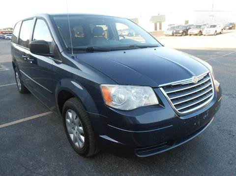 2009 Chrysler Town and Country for sale in Dallas, TX