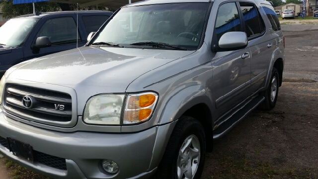 2002 Toyota Sequoia SR5 2WD 4dr SUV - Weatherford TX
