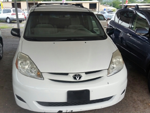 2008 Toyota Sienna for sale in Weatherford, TX