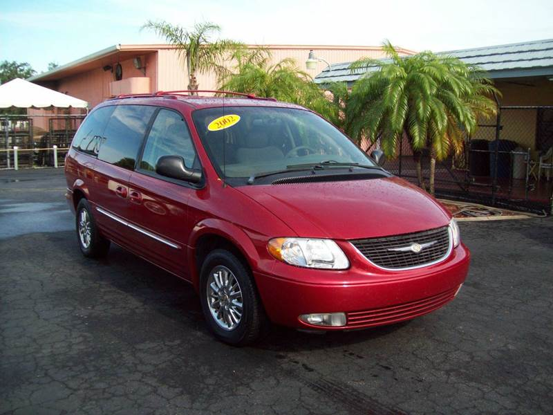 2002 chrysler town and country limited 4dr extended mini van in fort myers fl wood motor co. Black Bedroom Furniture Sets. Home Design Ideas