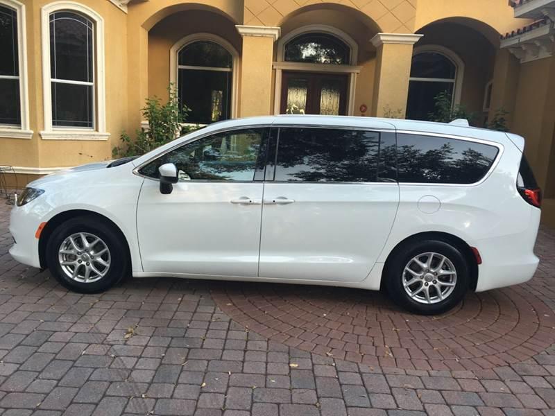 Minivans For Sale >> Minivans For Sale Carsforsale Com